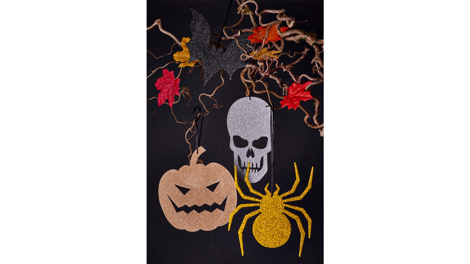 HANGING HALLOWEEN DECORATIONS RESIZE