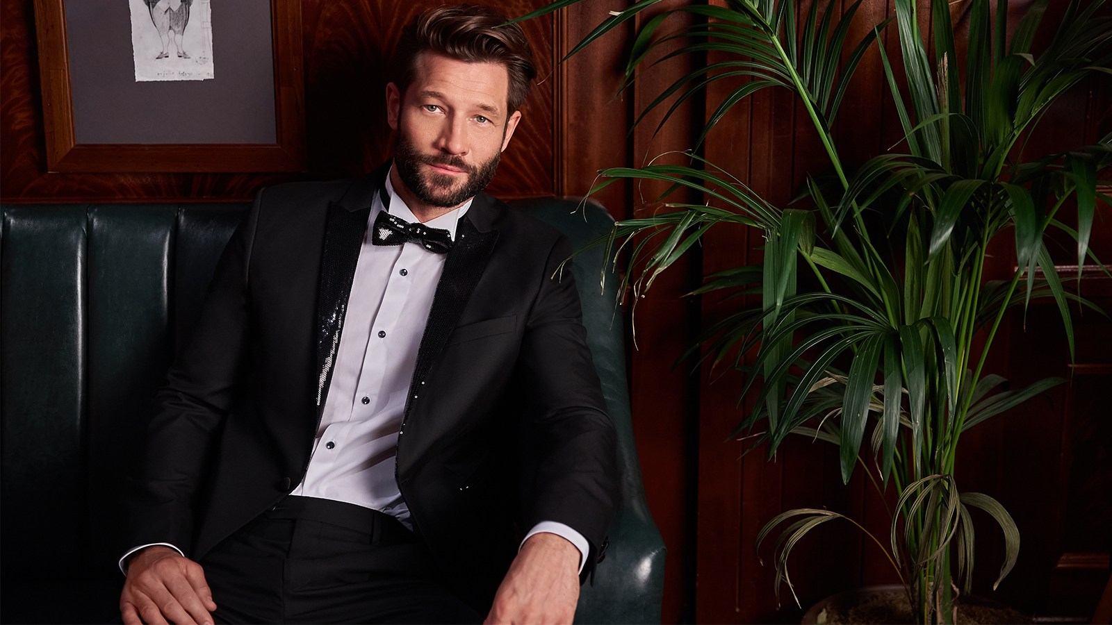 What to wear this Christmas - tuxedo